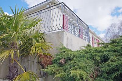 maison sur sous-sol LE PUY ST BONNET - 9 pièce(s) - 177 m2