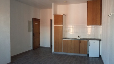Location - Studio - 26,92 m2 - Hagetmau - Photo