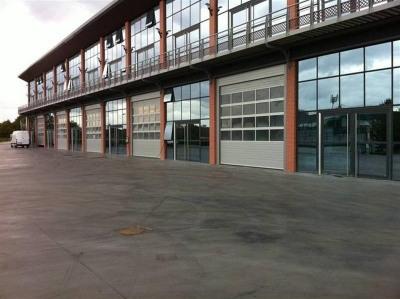 Location Local d'activités / Entrepôt Émerainville