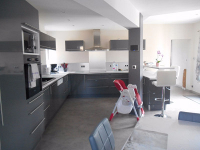 Maison Crevecoeur Le Grand 7 pièce (s) 200 m²