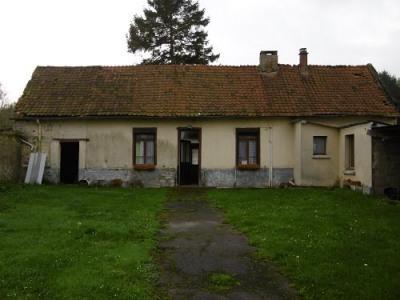 Maison à rénover 2 chambres garage dépendance sur 1900m² de terr