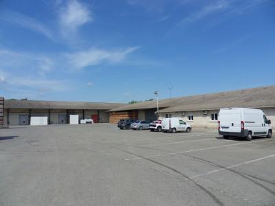 Local industriel/entrepôts de 4719 m² sur 22000 m² de terrain