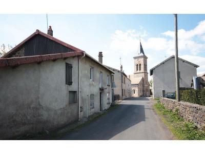 Maison de village avec garage A RÉNOVER-