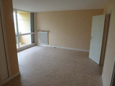 36,89 m² + cave + parking ss