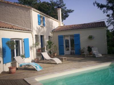 Maison 5 chambres + garage + terrain + piscine