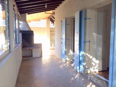 MAISON 3 chambres avec garage et jardin à louer à MONTFAVET