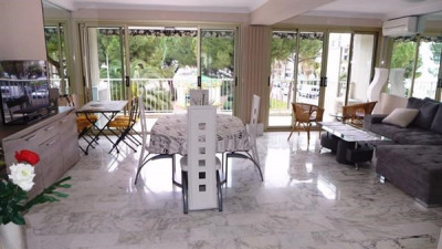 Sale apartment Juan les pins 530 000€ - Picture 1