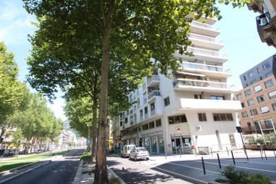 GRENOBLE Berriat / Jean Jaurès, T7 de 148m² dans copropriété ave