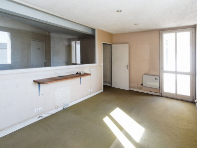 Appartement T3/4 avec ascenseur et parking