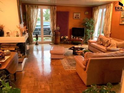 Maison Ferolles Attilly 8 pièce (s) 150 m²