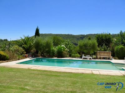 Villa type 5 de plain pied avec piscine et vue