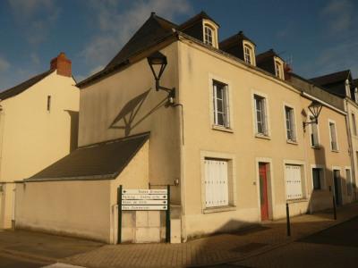 Maison de bourg restaurée T5 meslay