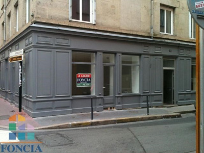 Saint ÉTIENNE Locaux commerciaux 1 pièce 71.0 m²