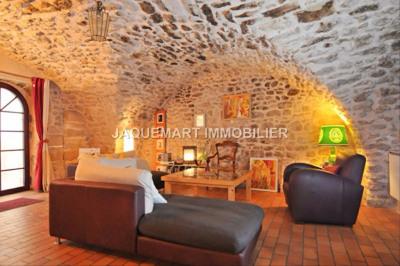 Maison de village environ 80 m² avec 3 chambres et balcon