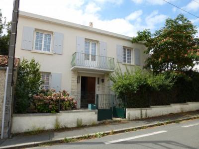 Maison La Rochelle 5 pièce (s) 142,74 m²