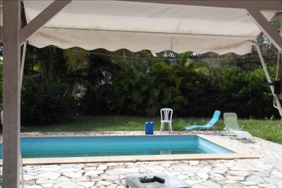 VILLA F4 + piscine