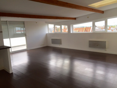 ARRAS gare: appartement deux pièces avec terrasse 67 m²