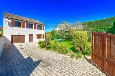 Maison Décines-charpieu 6 pièces 144 m²