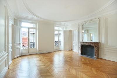 Paris VIIe - Sèvres-Babylone