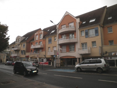 Location - Studio - 29,73 m2 - Arpajon - Photo