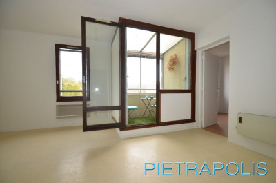Vente - Appartement 3 pièces - 60 m2 - Saint Genis Laval - Photo