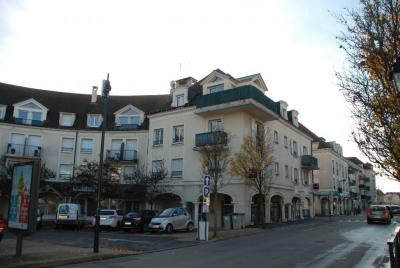 15 min RER- centre ville Carrieres sur Seine