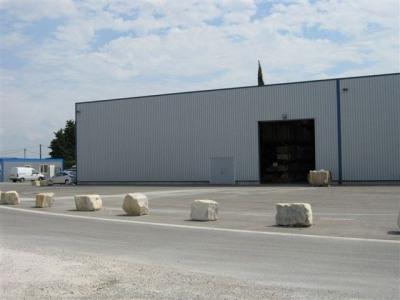 Location Local d'activités / Entrepôt Orange
