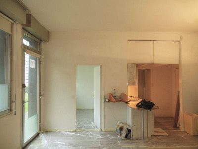 Sale - Empty room/Storage - 37 m2 - Suresnes - Photo