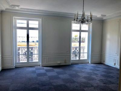 Haussmann 320m² rénovés 4e ascenseur 11 bureaux