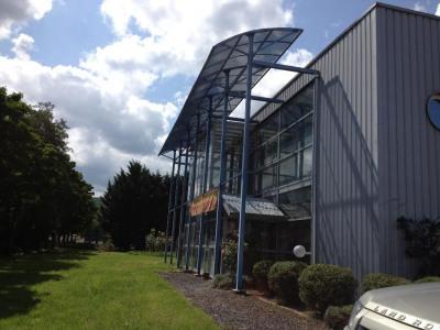 Vente Local d'activités / Entrepôt Neschers