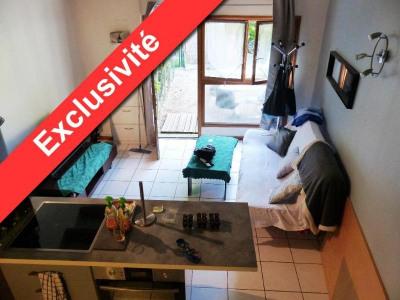 Produit d'investissement - Immeuble - 185 m2 - Saint Genis Laval - T2 DUPLEX RDC - Photo