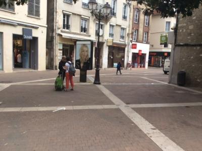 Location Boutique Melun