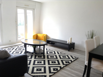 Modern 2 bedroom flat very close to Insead campus