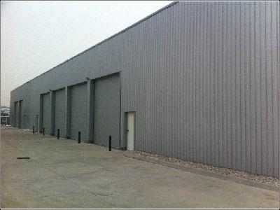 Location Local d'activités / Entrepôt Vourles