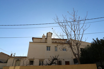 Investment property building Marseille (13015)