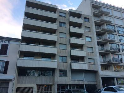 Bureaux - 87m² avec 1 parking. Poss Appartement