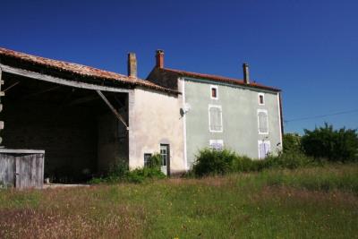 Maison 3 chambres, gde jardin, et grange
