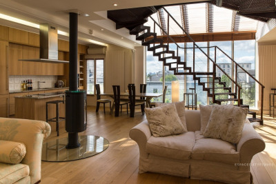 Rare loft en triplex avec terrasse et parking