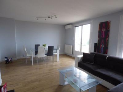 Sale - Apartment 3 rooms - 66.85 m2 - Décines Charpieu - Photo