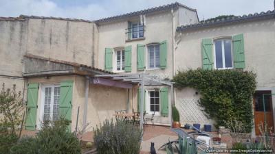 Maison familiale T 5 avec jardin et garage