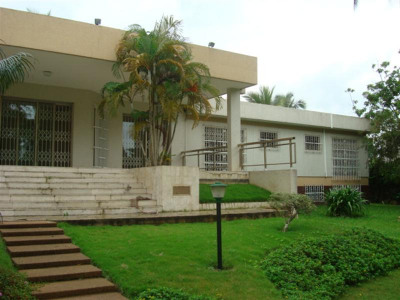 Location maison villa r sidence abidjan 99000 amb usa for Abidjan location maison