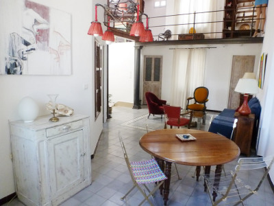 Avignon Intra-Muros: Maison de Ville 5 pièces avec GARAGE