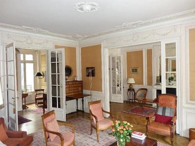 Appartement - 190 m² - 7 Pièces