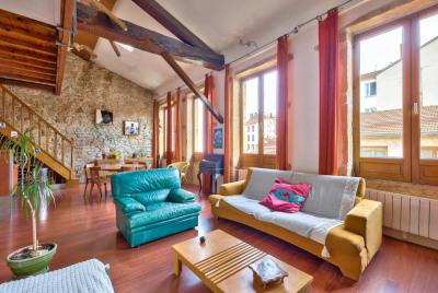 Duplex comme une maison à vendre Université-Montesquieu