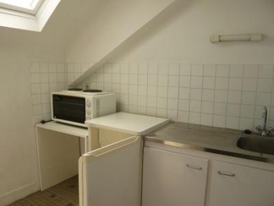 LAVAL appartement T2 de 27,55 m²