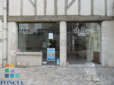 Location Local commercial Blois