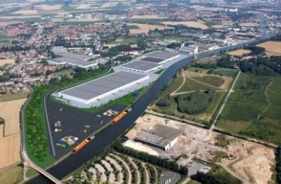 Location Local d'activités / Entrepôt Santes