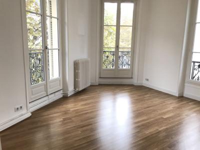 Appartement 4 pièces - 2 OU 3 chambres - Balcon