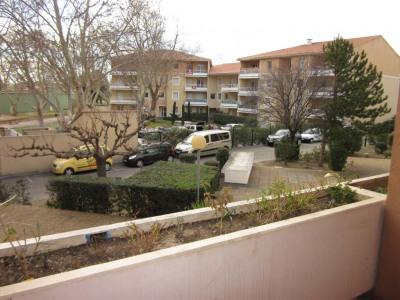 Proche centre-ville - T3 avec terrasse, cave, parking et ascense