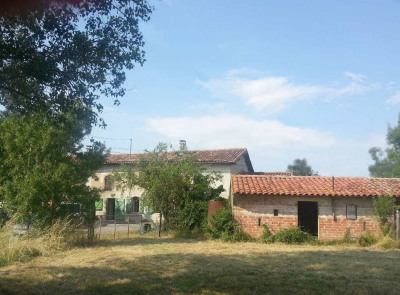 Maison à restaurer en partie - hangar 140 m² - terrain 3500 m² Baziege